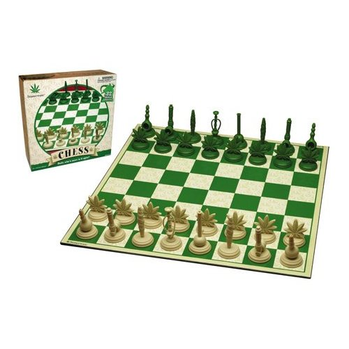 stonerware_marijuana_chess_set